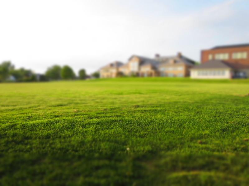 vente d'un terrain à un promoteur : ce que vous devez savoir | l